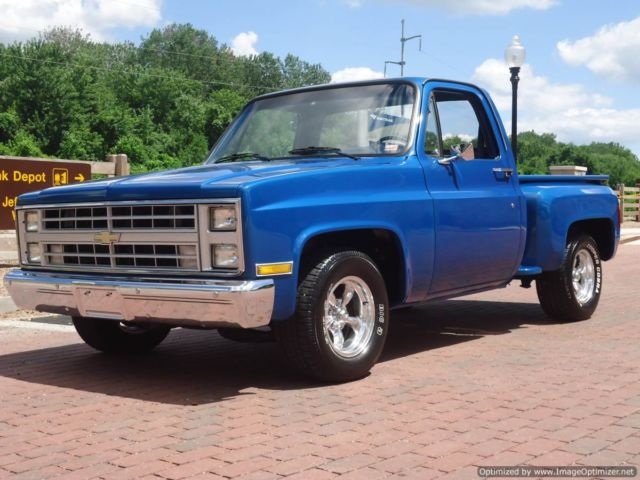 Restored 1986 Chevy C10 Stepside Viper Blue Only 67 455
