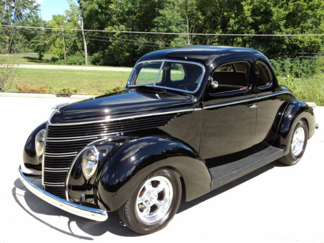 Very Slick 1938 All Steel Ford Coupe Hot Rod 302 V8 35 36